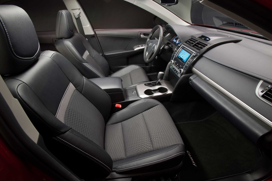 2013 toyota camry interior. Black Bedroom Furniture Sets. Home Design Ideas