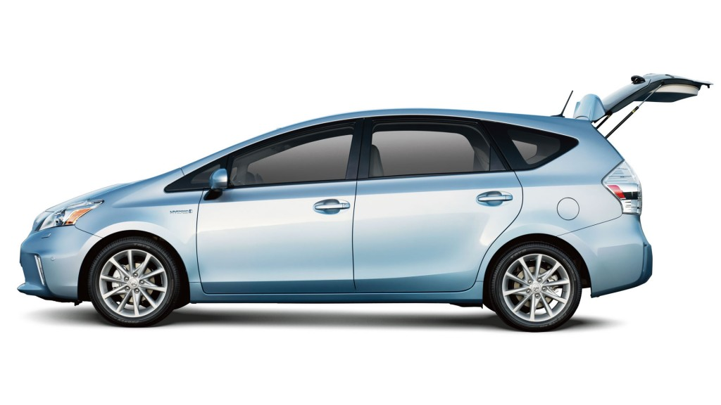 2014 toyota prius v near beloit wi. Black Bedroom Furniture Sets. Home Design Ideas