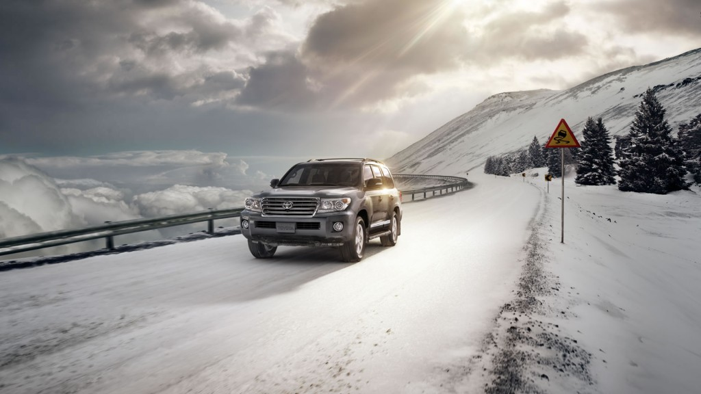 2015 Toyota Land Cruiser towing capacity