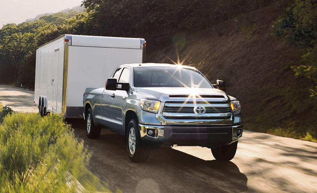 how much can the 2016 toyota tundra tow. Black Bedroom Furniture Sets. Home Design Ideas