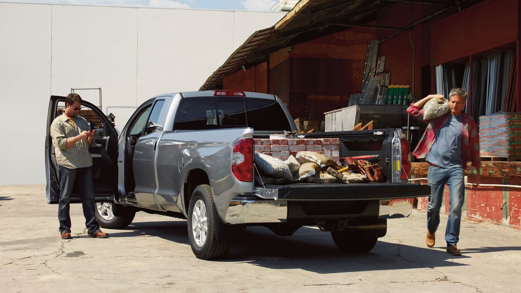 2016 Toyota Tundra With Integrated Trailer Brake Controller