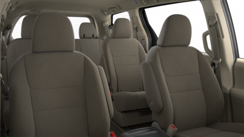 2016 toyota sienna vs nissan quest interior. Black Bedroom Furniture Sets. Home Design Ideas