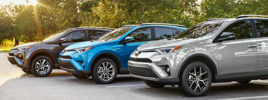 Row of 2018 Toyota RAV4 models in multiple colors