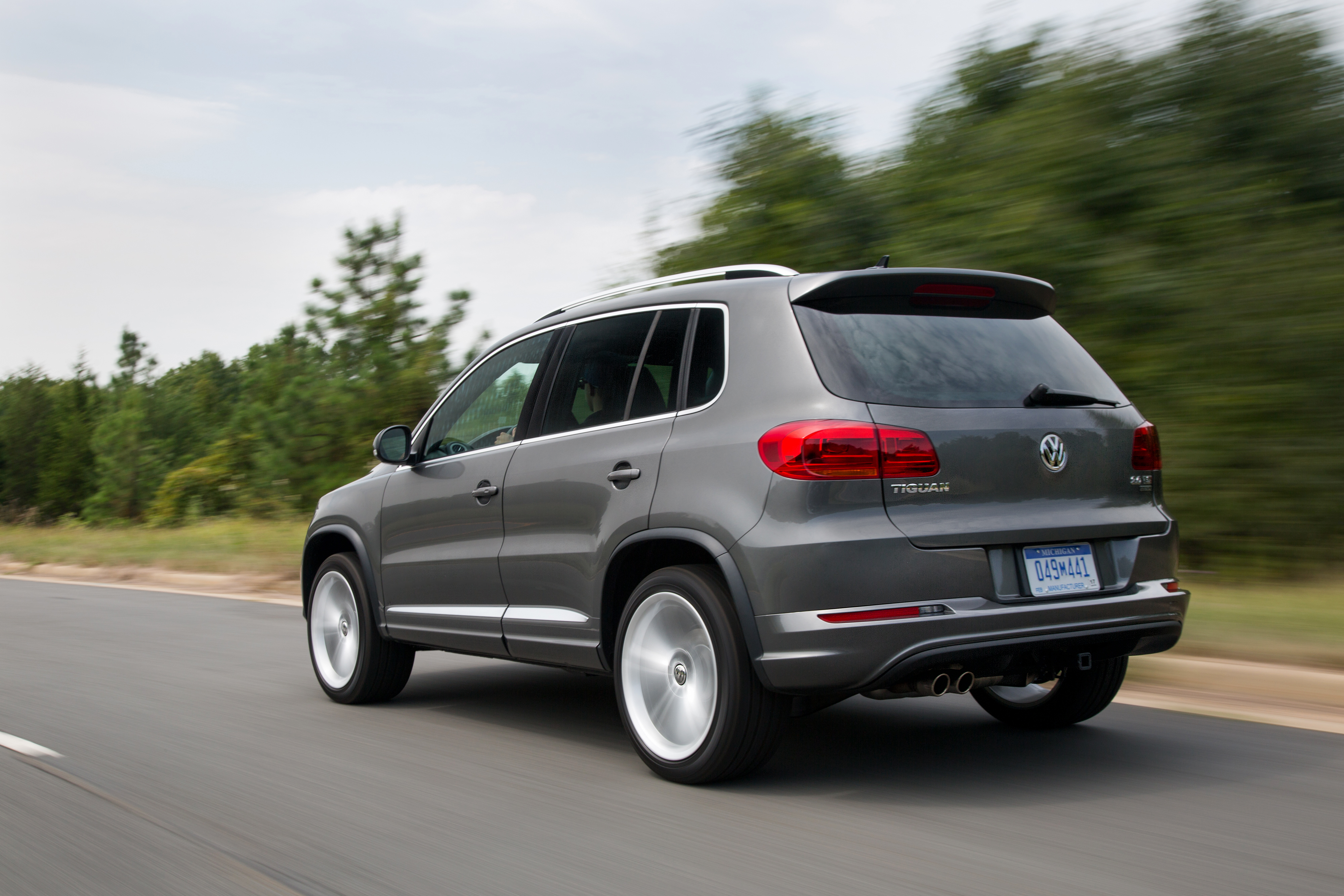 2016 volkswagen tiguan specs. Black Bedroom Furniture Sets. Home Design Ideas