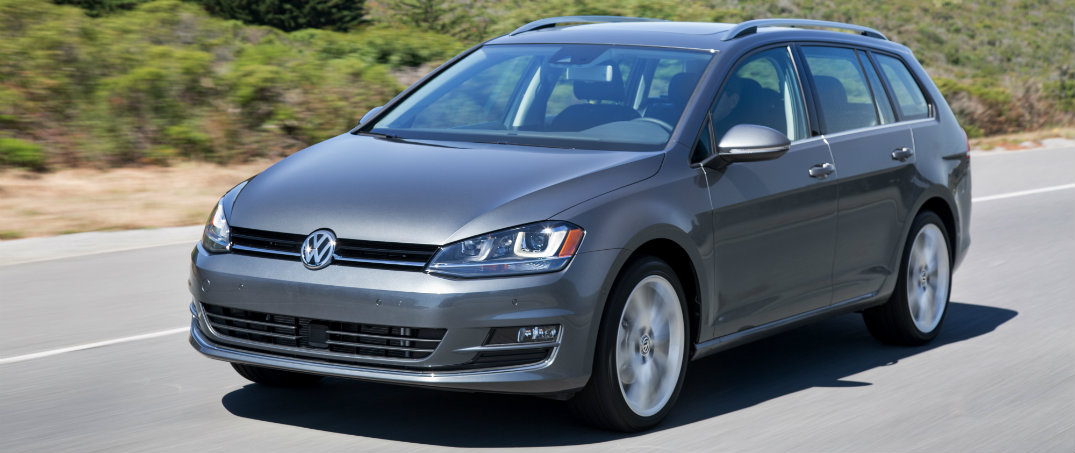 2016 Volkswagen Golf SportWagen features
