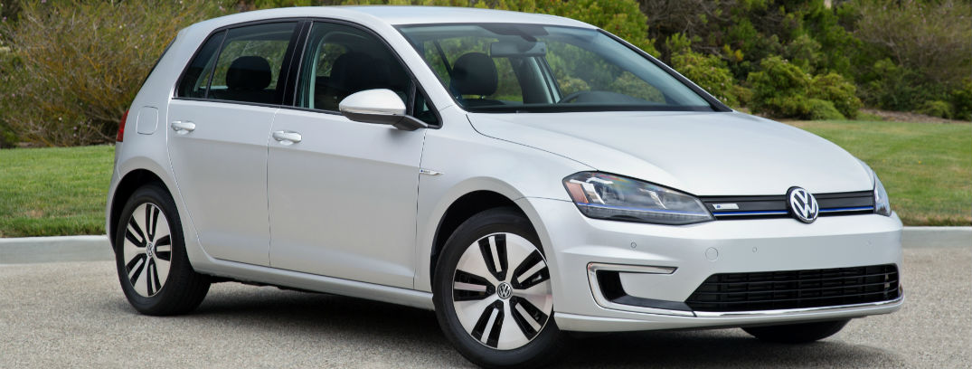 2016 Volkswagen e-Golf shows up competition with superior performance