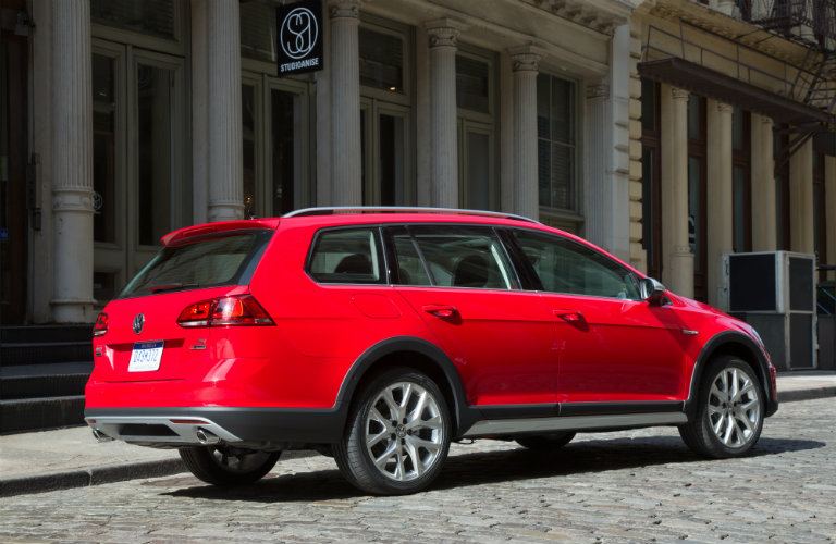 2017 Golf Alltrack color options