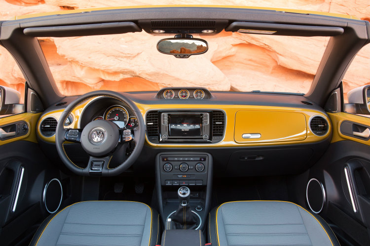 2016 vw beetle dune interior features and specs