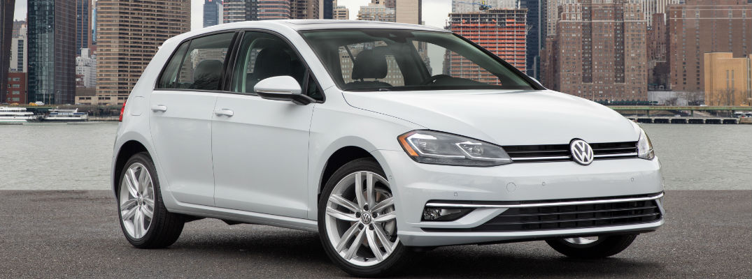2018 VW Golf White Front Exterior - 2018 VW Golf Models New Standard Features