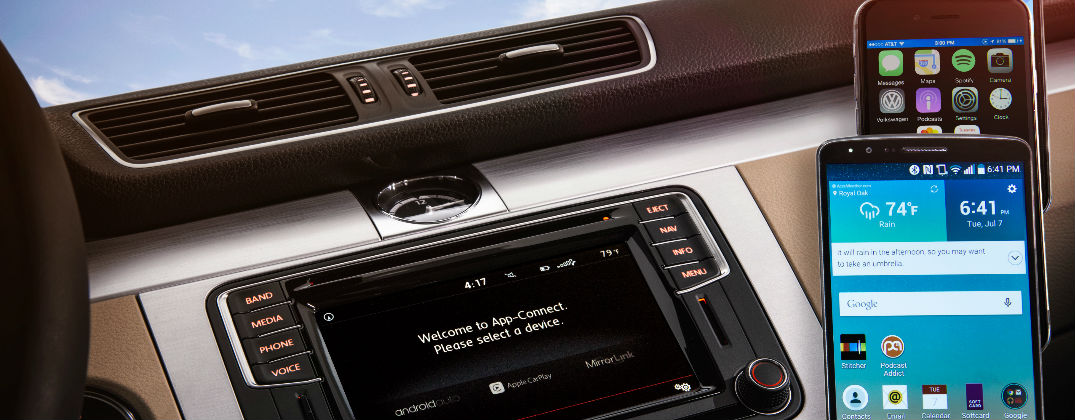 volkswagen car net adds apple carplay android auto and. Black Bedroom Furniture Sets. Home Design Ideas