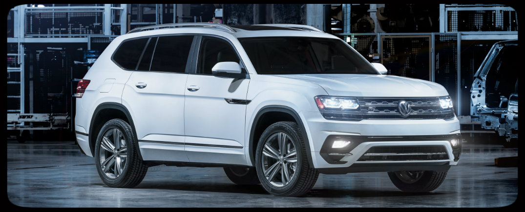 front and side view of 2018 volkswagen atlas