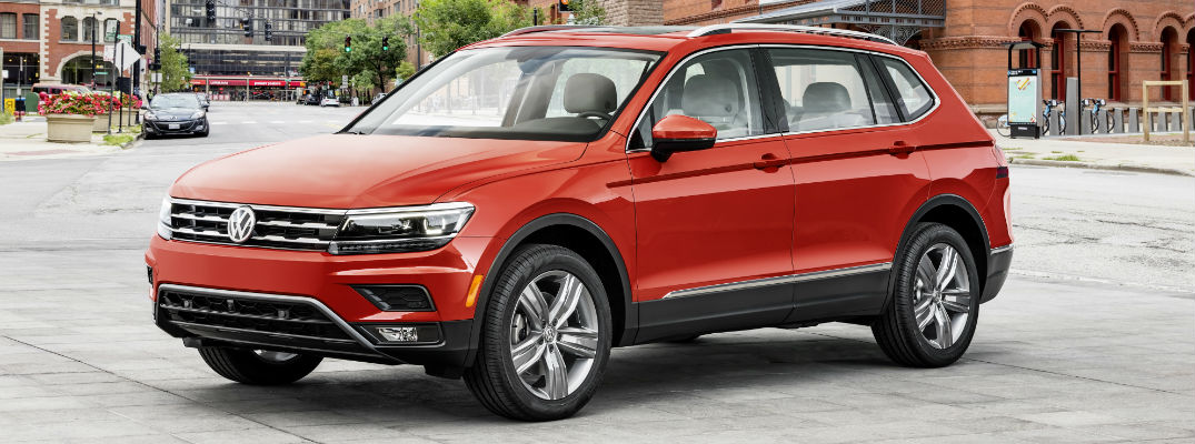 2018 Volkswagen Tiguan in Red