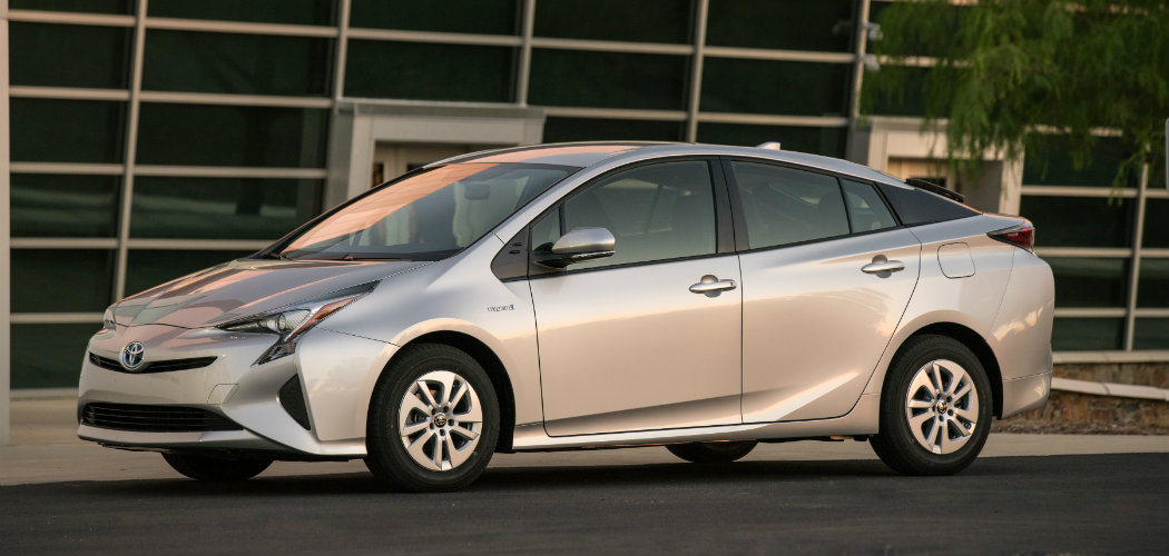 how many models will be available for the 2016 toyota prius. Black Bedroom Furniture Sets. Home Design Ideas