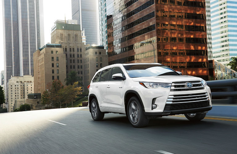 2018 toyota highlander features specifications and release date. Black Bedroom Furniture Sets. Home Design Ideas