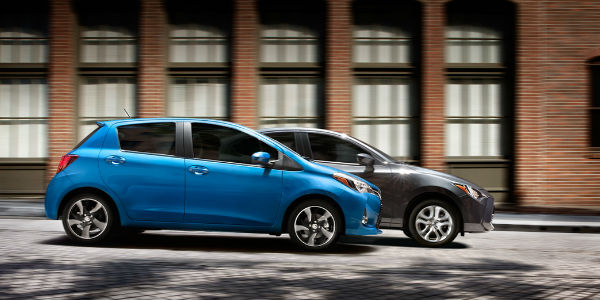 2017 Toyota Yaris in Blue and Black Exterior View
