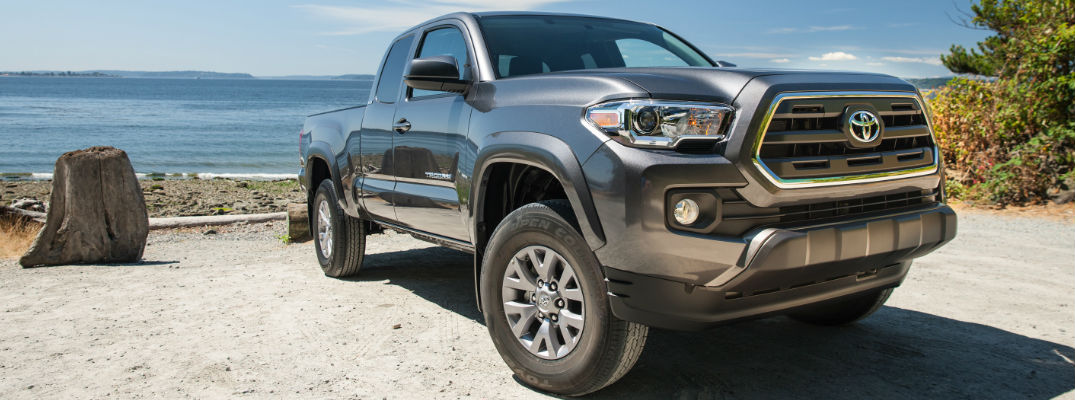 new 2016 toyota tacoma sr5 specs features and options. Black Bedroom Furniture Sets. Home Design Ideas