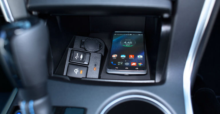 2016 Camry Qi-wireless charging