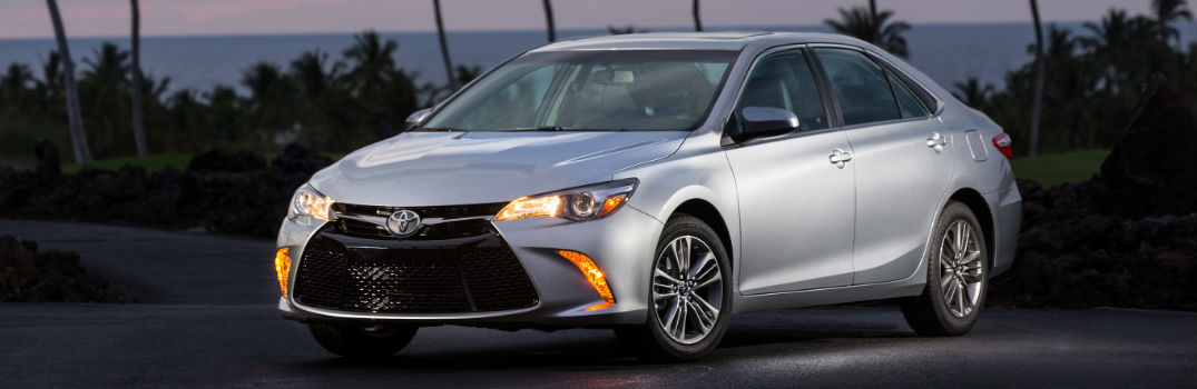 2017 toyota camry specs and features. Black Bedroom Furniture Sets. Home Design Ideas