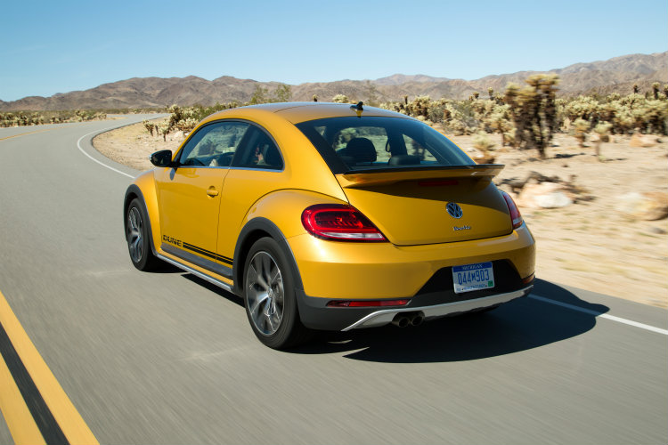 2016 vw beetle dune rear design features