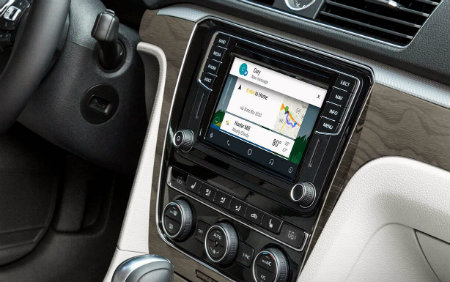 2016 Volkswagen Passat with android auto infotainmnent system
