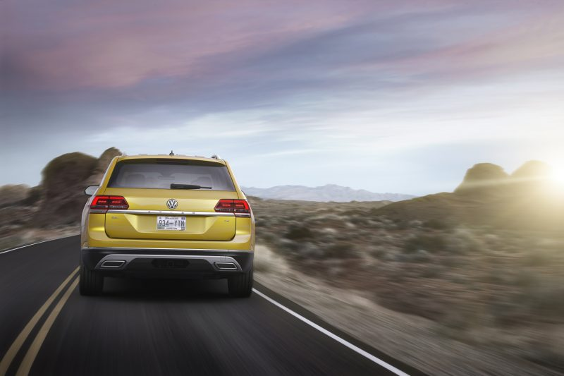 2018 volkswagen atlas exterior rear yellow