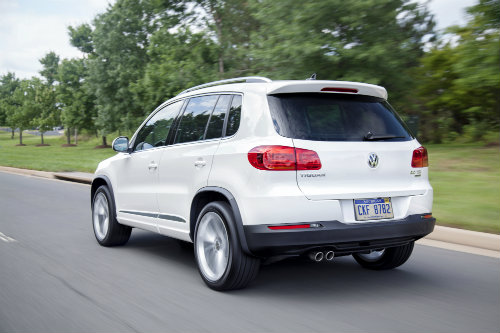 2016-Volkswagen Tiguan Optional 4Motion