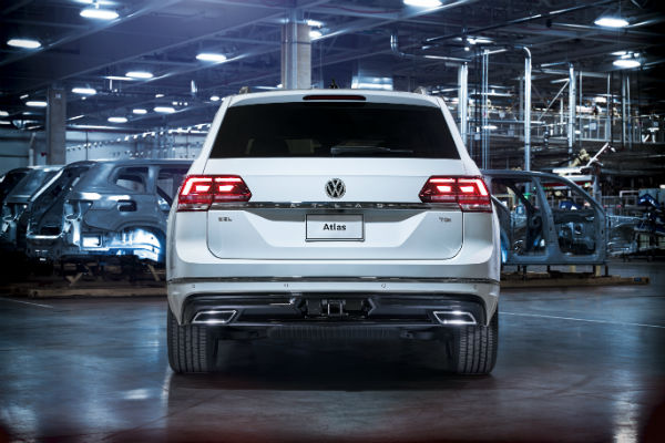 2018 vw atlas r line package