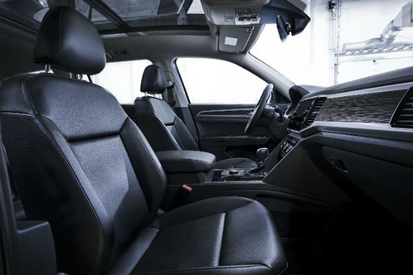 2018 vw atlas r line interior black leather seats