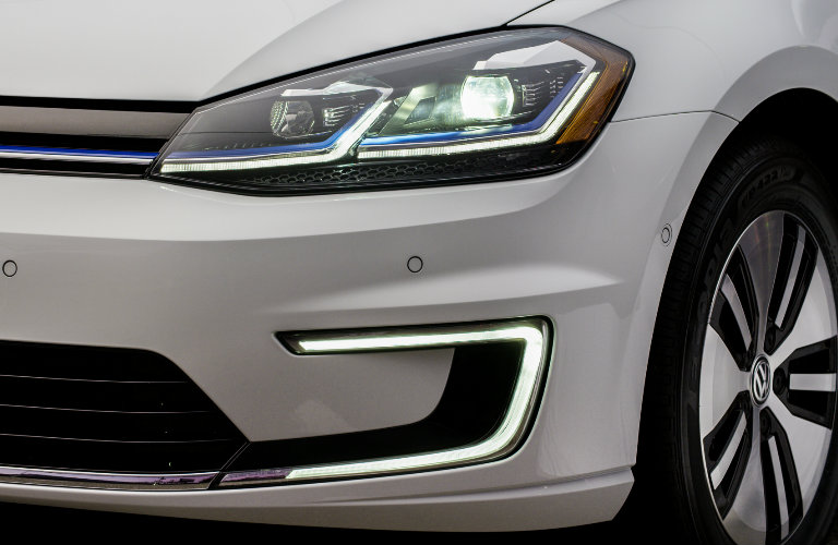 2017 VW e-Golf Offers Improved Range and Performance