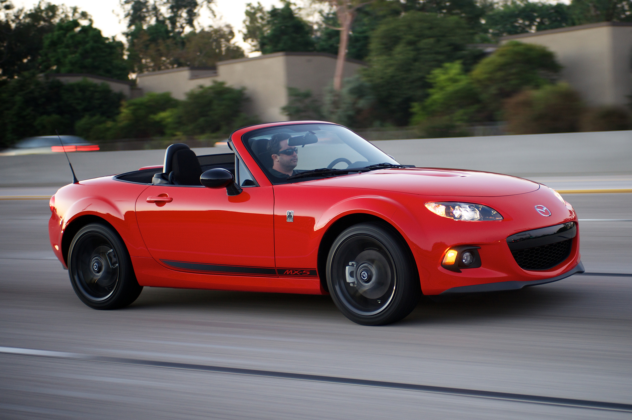 2015 Mazda MX-5 Miata Selling in Low Numbers
