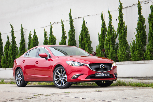 Mazda 3 Mazda6 wins award again