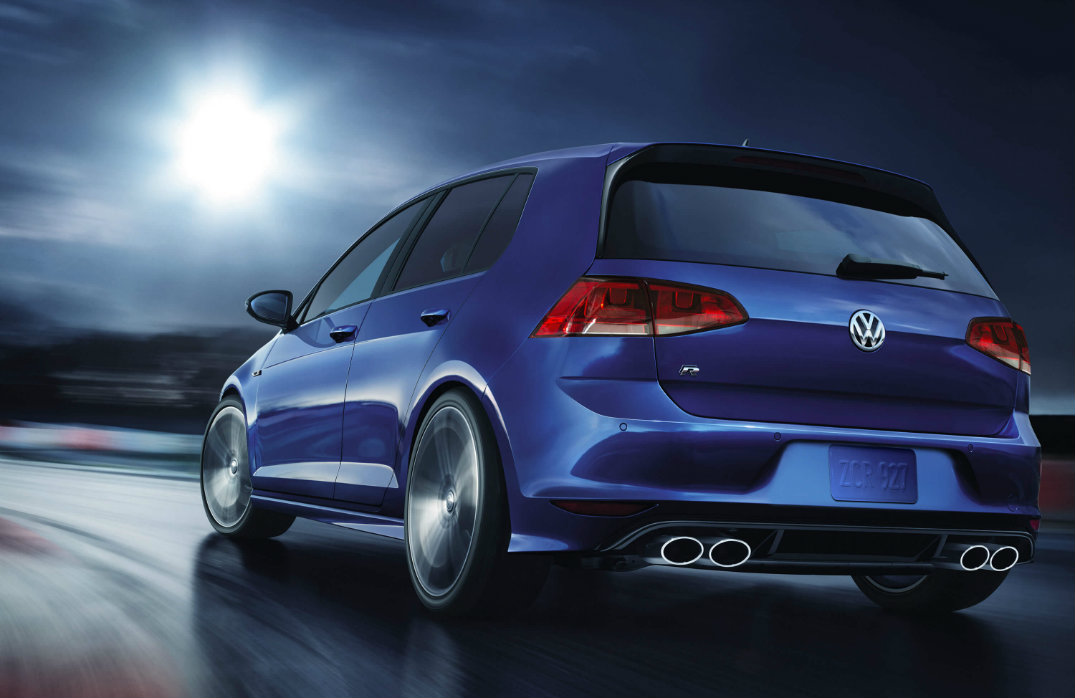 Golf R 400 >> Differences Between Volkswagen Golf R Vs Golf R400