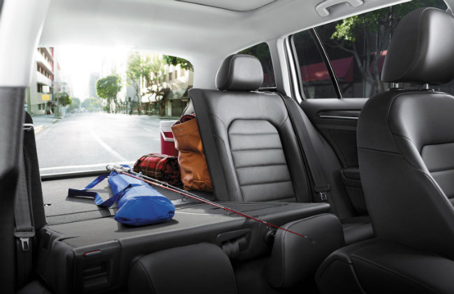 Find the Best Model for Your Driving Needs Comparing the 2016 Golf SportWagen vs 2016 Tiguan ...