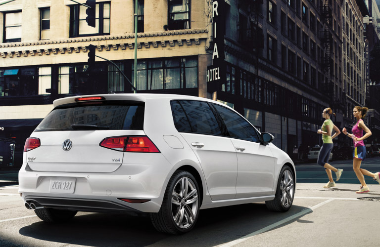what are the driver assistance systems in the 2016 vw golf. Black Bedroom Furniture Sets. Home Design Ideas