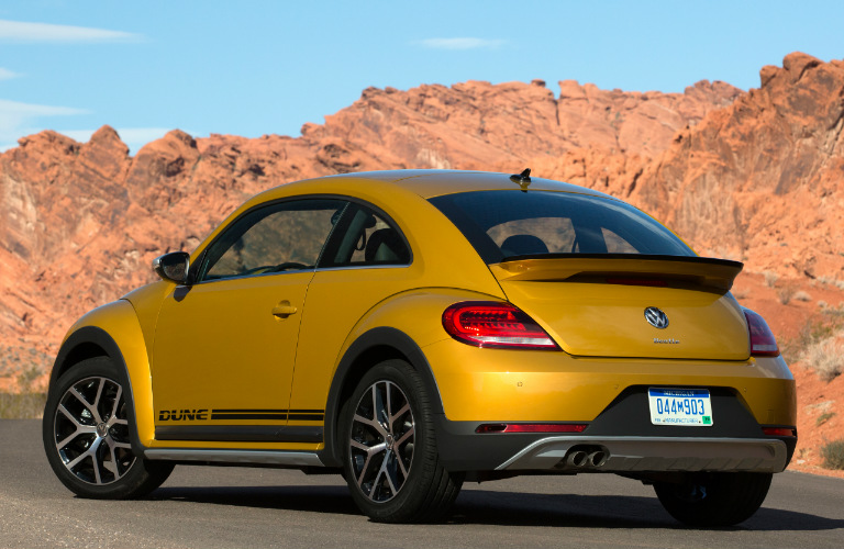 2017 volkswagen beetle new trims features release date. Black Bedroom Furniture Sets. Home Design Ideas