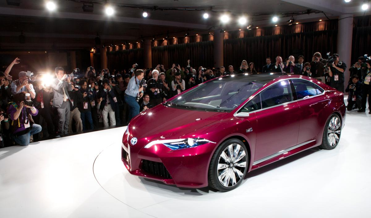 2015 toyota camry makes appearance at new york auto show