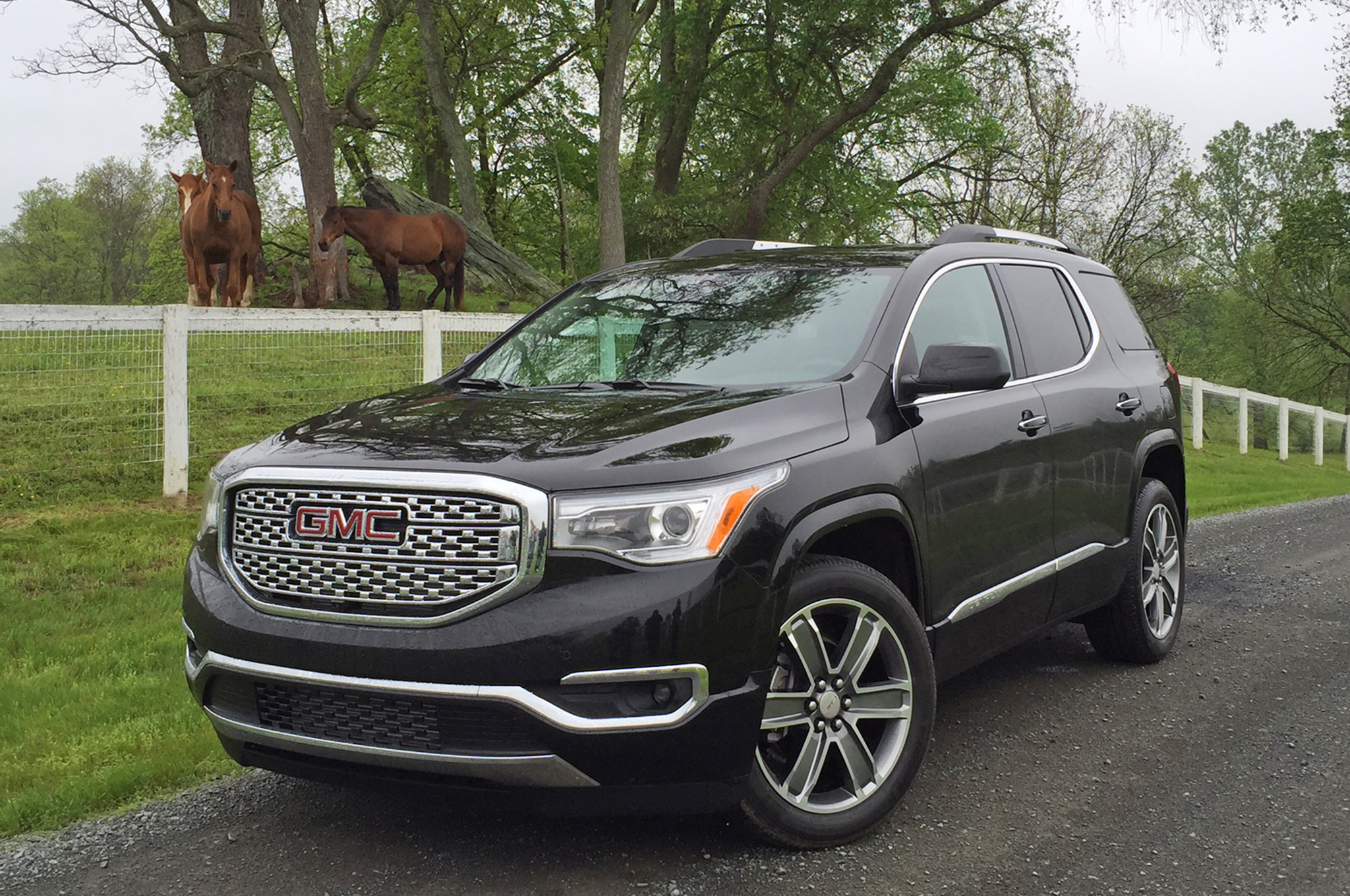 The New Acadia Has Been Put Through a Major Diet Cardinale GMC