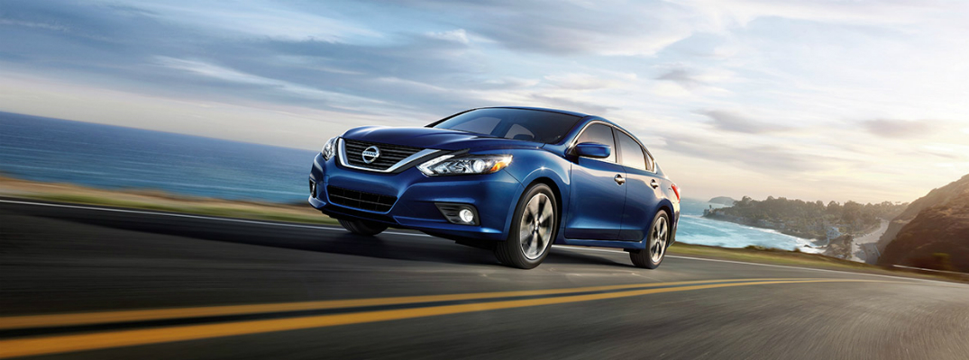 Engine Options on the 2017 Nissan Altima Exterior