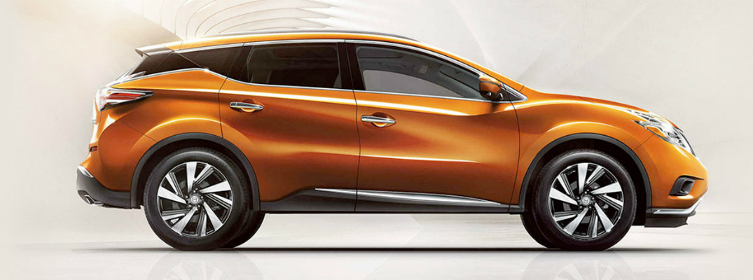 Interior and Exterior Design Elements of the 2017 Nissan Murano Side Profile