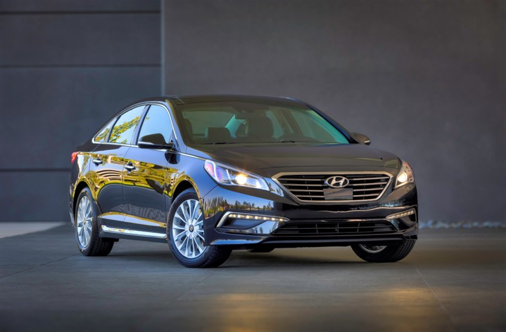 2015 HYUNDAI SONATA NAMED BEST MIDSIZE CAR FOR FAMILIES BY U.S. NEWS