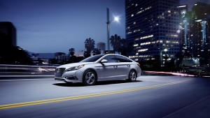 Hyundai 2 Hyundai Hopes for Success in Plug-In Hybrid Segment with in Sonata