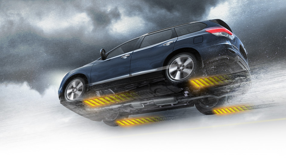 The Nissan Pathfinder Offers Automatic Switching Between 2WD And 4WD