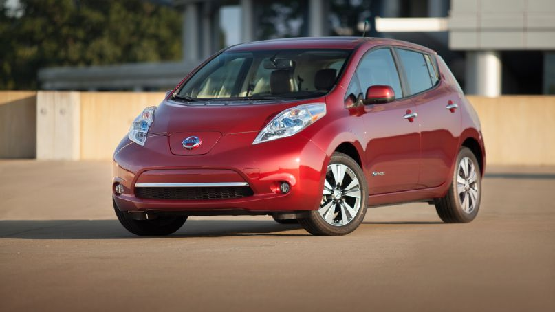 The Current Nissan LEAF Has A Driving Range Of 84 Miles On A Single Charge  U2013 With The Use Of A Lithium Ion Battery Pack, Nissan Decided To Redesign  The ...