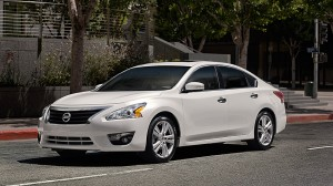 Nissan 3 altima midsize sedan