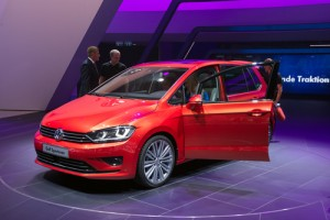 VW 2 sportsvan selected as 2015 winner by auto test