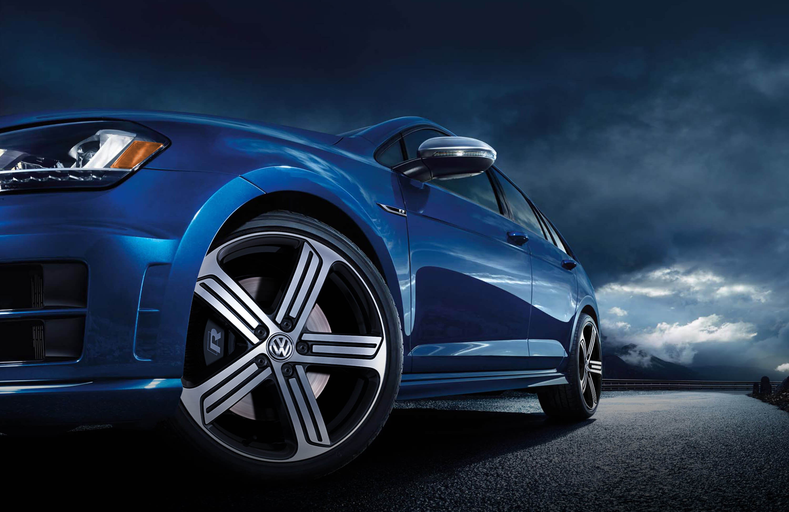 "The Volkswagen Golf R Is ""2016 All Star"" Of Automobile Magazine"