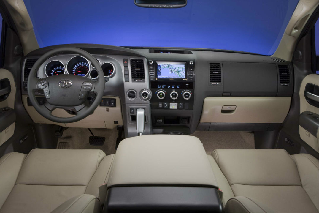 All New 2017 Toyota Verso Review moreover Toyota Rav4 2001 2002 Iphone Aux Kit as well Camaro Sports Car likewise 2015 Toyota Rav 4 Interior Space together with Mercedes Benz C 180 Avantgarde. on toyota rav4 audio system