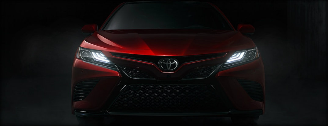 grille and headlights of toyota camry