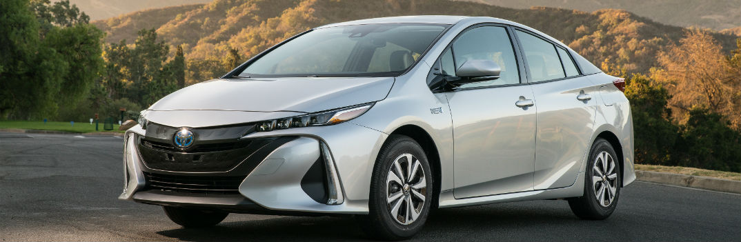 2018 toyota prius prime preview pricing release date. Black Bedroom Furniture Sets. Home Design Ideas