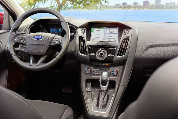 Specs for the 2017 Ford Focus SEL